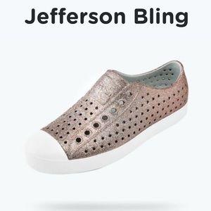 Native Jefferson Slip-On Shoes Size 9